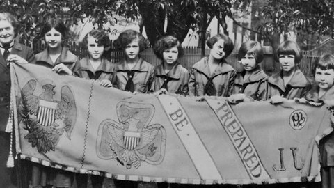 Girl Scouts Celebrate 100 Years Of Cookie Sales 1917-2017