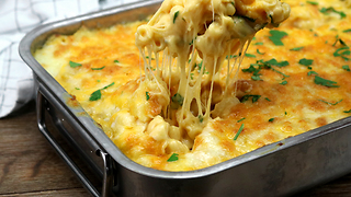 Oven-baked mac & cheese recipe - Video