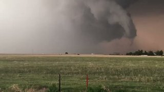 Ominous Clouds Forms Over Gruver, Tornado Warning Issued - Video