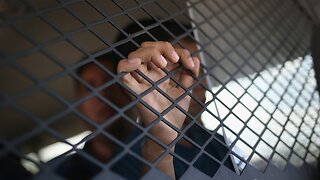 Coalition Of States Sue Over New Migrant Family Detention Rule