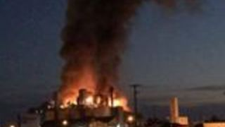 Fire Breaks Out at Anchor Glass Plant  in Oklahoma - Video