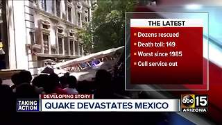 Major earthquake shakes Mexico City, over 100 dead - Video