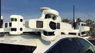 Apple's Project Titan Self-Driving Test Car Makes Appearance in California - Video