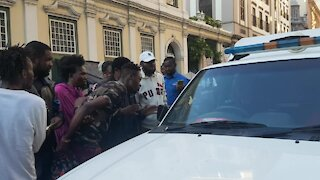 SOUTH AFRICA - Cape Town - Refugees removed from outside Central Methodist Mission (Video) (hiF)
