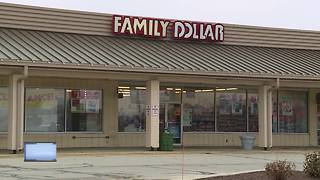 Search continues for armed robbers in Manitowoc - Video