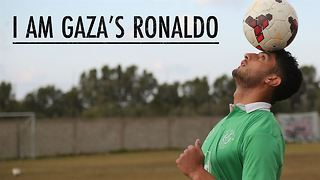 Gaza's Ronaldo: living under siege, searching for goals - Video