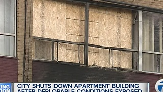 City shuts down apartment building after deplorable conditions exposed - Video