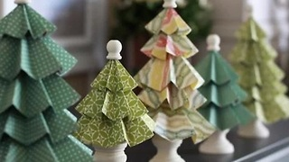 DIY: 11 mini Christmas tree decoration ideas
