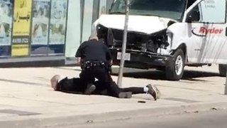 Toronto Police Arrest Man After Van Hits Pedestrians - Video
