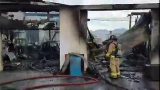 Auto repair shop burns on southside - Video