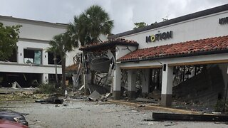Explosion At Shopping Center In Florida Leaves Multiple People Injured