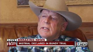 Armed rancher standoff case ends in mistrial - Video