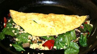 HOW TO MAKE THE BEST OMELETTE EVER ** - Video