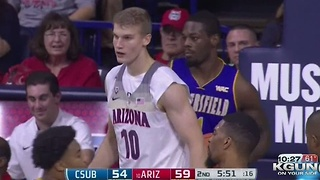 Freshman Markkanen leads Arizona to a home opener win