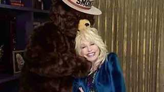 Dolly Parton Urges Wildfire Prevention Amid Drought - Video