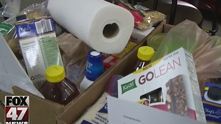 First Presbyterian Church handed out food in Lansing - Video