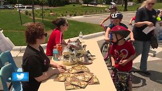 Ashwaubenon Bike Rodeo teaches kids bicycle safety tips - Video