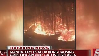 TN Wildfires Prompt Mandatory Evacuation Of Gatlinburg - Video