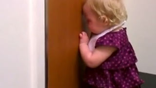 2-year-old devastated about newborn sister - Video