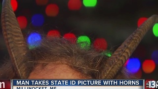 Man fights to include his horns in driver's license photo - Video