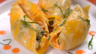 Buffalo Chicken Stuffed Shells - Video