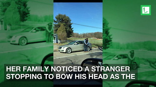 Woman Confused When Stranger Bows by Road. Learns Why, 'Immediately Burst into Tears' - Video