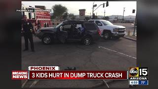 3 kids hurt in dump truck crash in Phoenix - Video