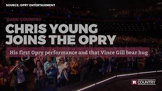 Chris Young joins The Grand Ole Opry | Rare Country - Video