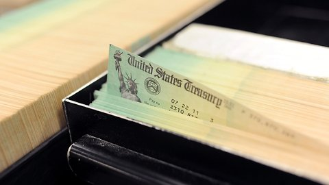 Debunking The Link Between Refund Checks And Total Taxes Paid