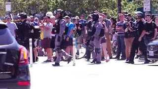Thousands Gather in Portland to Attend and Protest Against Patriot Prayer Event - Video