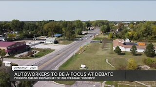 Ohio and Michigan voters talking jobs ahead of first debate