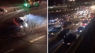 Mental motorist shuts down five lanes of motorway traffic to do doughnuts