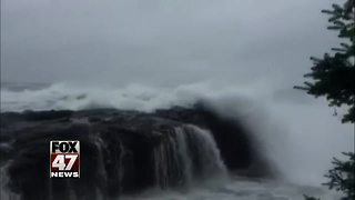 Authorities: 2 missing in Lake Superior; search suspended - Video