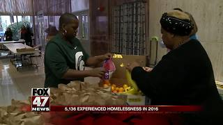 Homelessness & Hunger Awareness Day provides help in Lansing - Video