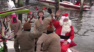 Santa Claus goes water skiing | Rare People - Video