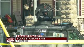 Milwaukee police rescue hostage; standoff ends