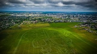 Crop Sprayer Paints Massive Coat of Arms on Lithuanian Field - Video
