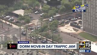 ASU students moving into dorms - Video