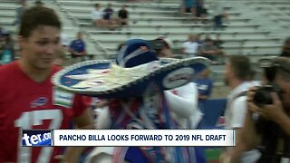 Stevie Johnson offers opportunity to read draft pick to Pancho Billa