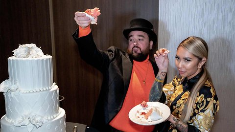 'Pawn Stars' Chumlee Grabs a Fistful of Cake During Pre-Wedding Bash