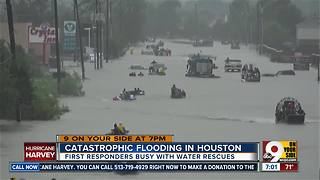 Catastrophic flooding in Houston - Video