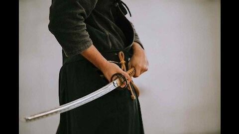 How to Survive a Sword Fight