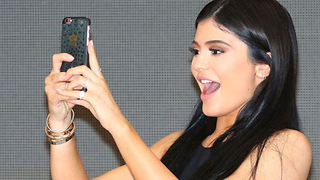 Kylie Jenner's Top 5 Snapchat Moments - Video