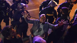 24 Arrested in Louisville After Second Night Of Protests