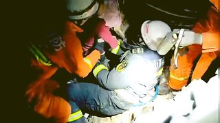 Children rescued from deadly building collapse in China