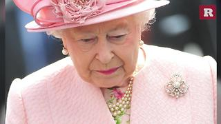 Queen Elizabeth II and Her Broaches | Rare People - Video