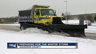 Waukesha County preparing for the winter storm - Video