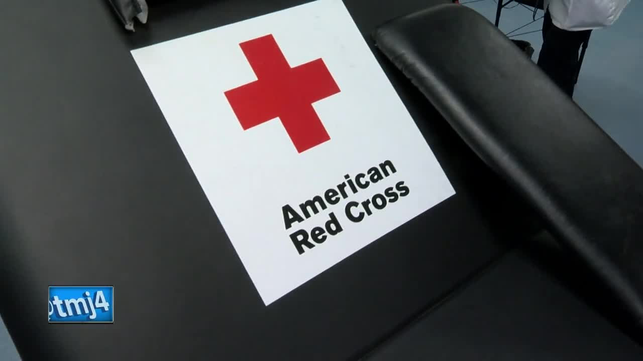 Red Cross looking for blood donors during holiday season