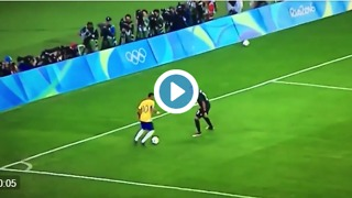 Neymar humiliates Germany defender with a crazy skill