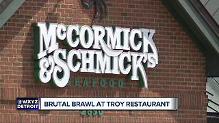 Server arrested after assaulting customers in metro Detroit restaurant - Video